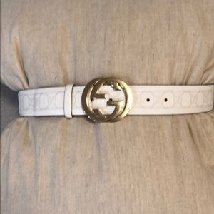 Gucci Leather Embossed Belt/ Serial# 142930-kGD1G